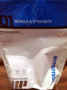 MyProtein Impact Whey Standbeutel 226x301 - MyProtein Impact Whey Test - Alle Erfahrungen zum Protein
