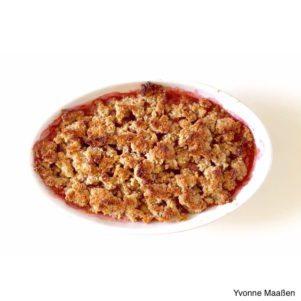 Erdbeer Rhababer Crumble