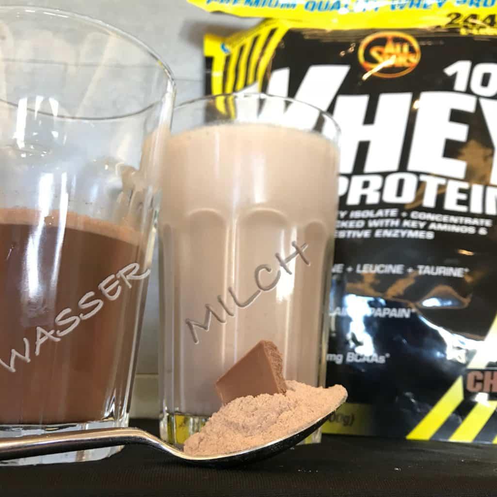 All Stars 100% Whey Protein Geschmack Test Wasser Milch