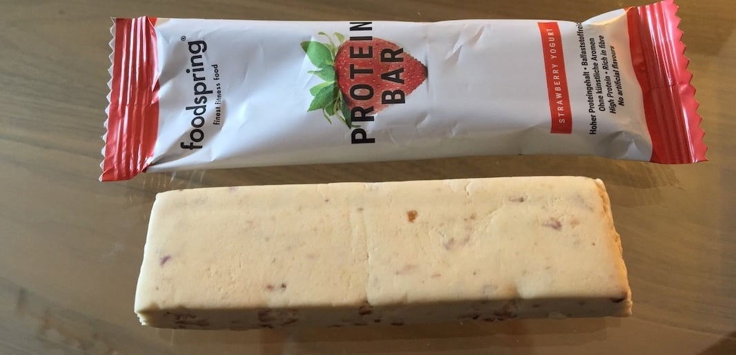 Foodspring-Protein-Bar-Erdbeere