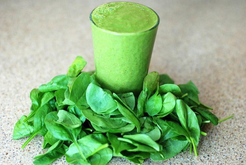 Auch im Spinat ist Chorophyll enthalten